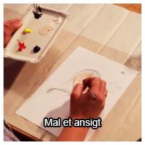 Tutorial videovejledning som viser dig, hvordan du kan male et ansigt