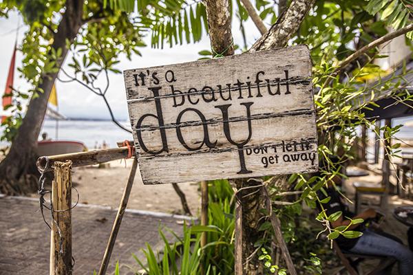 Et skilt vi så på Bali under optagelserne til Sommerworkshoppen